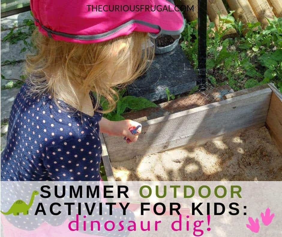 Need a new backyard activity for your kids? Set up this fun outdoor activity for your toddlers and preschoolers and watch their faces light up! Sand play benefits plus a super fun and easy outdoor sensory play idea your kids will love! #sensoryplay #toddleractivities #activitiesforpreschoolers #toddlerlife #preschoolers #gamesforkids #dinosaurs #sandbox #sand #kidsoutside #summeractivities #outdooractivities | easy outdoor activities for kids | sand box ideas | sensory play sand box | dinosaur games | birthday party games
