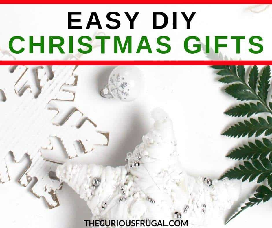 Easy DIY Christmas gifts that are fun to make and receive! DIY Christmas presents for everyone on your list from homemade Christmas food gifts for neighbors and coworkers to easy handmade gifts for friends and family.