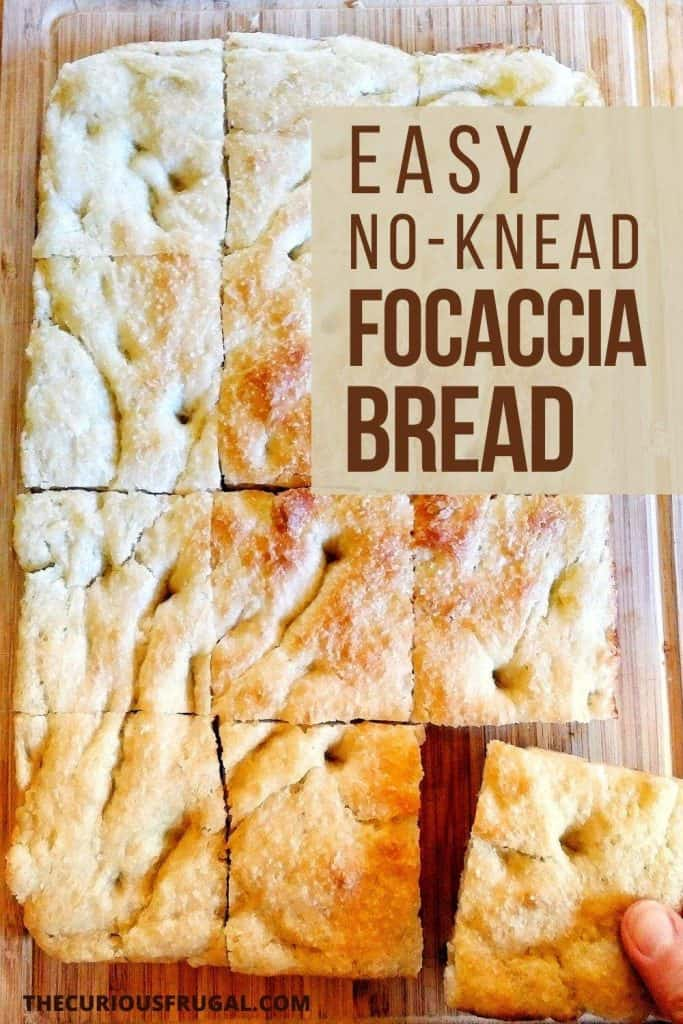 I am in love with this ridiculously easy focaccia bread recipe! This is a simple, homemade bread recipe that takes 5 minutes to mix together and is total comfort food. This is the bread recipe I make most often these days: it's so easy and so good. Serve this focaccia with soup, as a side of pasta, or build a sandwich with it! | fast focaccia recipe | Italian focaccia recipe | best focaccia bread recipe | homemade focaccia bread