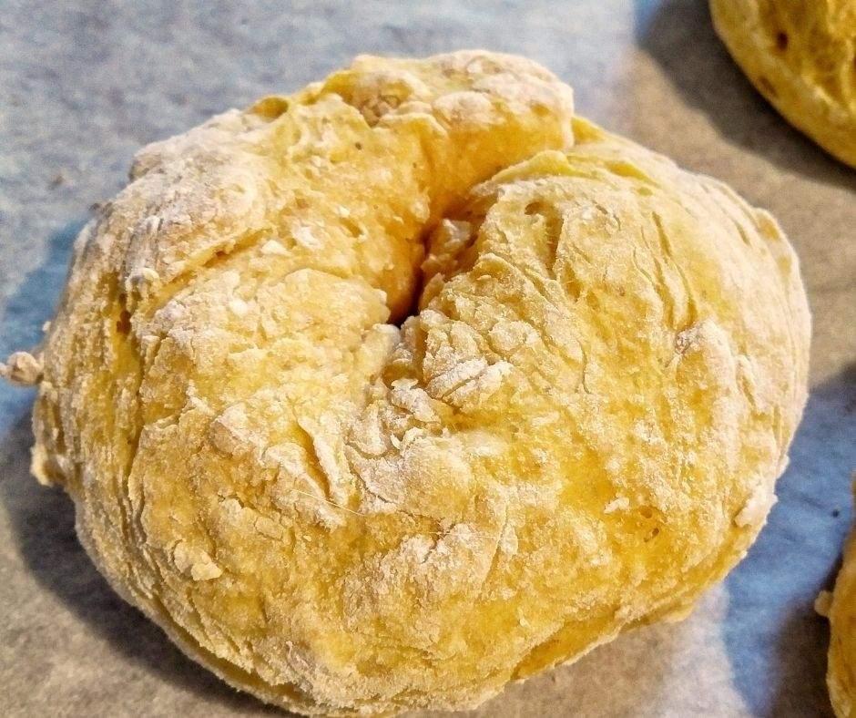 A pumpkin bagel