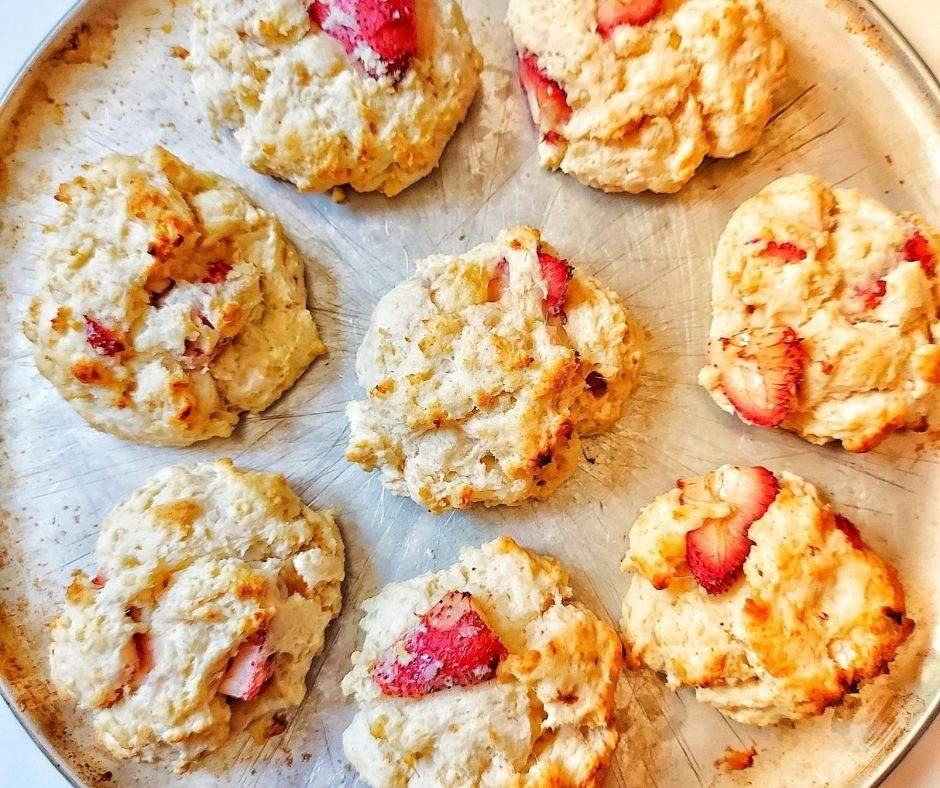 strawberry scones on a baking tray